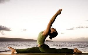 Tư vấn làm đẹp - 7 bài tập yoga giúp thân hình thon gọn