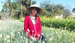 Giới trẻ - Cô bé mồ côi chủ vườn rau di sản