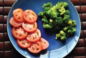 Sức khỏe đời sống - Cà chua kết hợp với súp lơ xanh chống ung thư hiệu quả