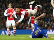 Bóng đá Ngoại hạng Anh - Arsenal thắng kém thuyết phục: Mong manh tốp 4