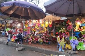Thị trường - Tiêu dùng - Hoa tươi ế ẩm trong ngày Valentine