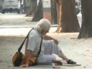 An ninh Xã hội - Camera giấu kín: Cụ già bị ngã trên vỉa hè