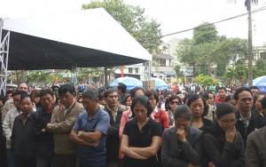 Tin tức Việt Nam - Tiếng nấc nghẹn trong lễ truy điệu ông Bá Thanh