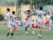 Bóng đá Việt Nam - Tuấn Hưng đọ tài với danh hài Thành Trung trên sân cỏ