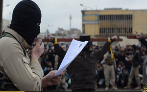 Thế giới - Phiến quân IS chặt tay 3 phụ nữ vì dùng điện thoại