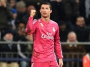 """Bóng đá - Ronaldo """"hành hạ"""" hàng phòng ngự Schalke 04"""