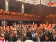 Video An ninh - Vụ ẩu đả tại quốc hội Thổ Nhĩ Kỳ: 5 nghị sỹ bị thương