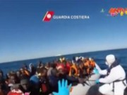 Video An ninh - Italy cứu hàng nghìn người Bắc Phi chạy nạn chiến tranh