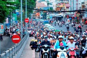 Tin tức trong ngày - Đường phố tắc nghẽn ngày làm việc đầu năm