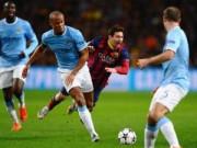 Video bàn thắng - TRỰC TIẾP Man City - Barca: Messi sút hỏng phạt đền