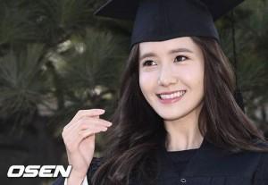 Yoona (SNSD) xinh như nữ thần trong ngày tốt nghiệp