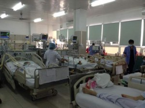 Tin tức Việt Nam - Hơn 6.000 người cấp cứu do đánh nhau dịp Tết