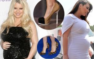 Người mẫu - Hoa hậu - Mỹ nhân khệ nệ bụng bầu vẫn liều mình đi guốc cao