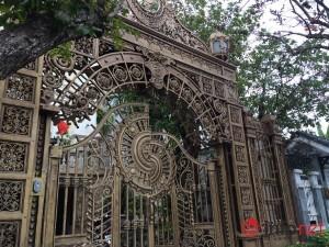 """Tài chính - Bất động sản - Ngắm """"phố cung điện"""" hoành tráng của đại gia"""