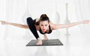 Làm đẹp - 8 bài tập yoga giúp phụ nữ tuổi 30 thêm khỏe đẹp