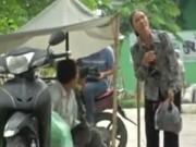 Video An ninh - Camera giấu kín: Cụ bà bị đãng trí quên đường về nhà