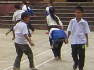 Giáo dục - du học - Giáo viên góp tiền nuôi học trò nghèo
