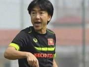 Bóng đá - Ai can thiệp danh sách của HLV Miura?