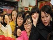 Tin Tài chính - Nhà đất - BĐS - Chen nhau mua vàng lấy may ngày Vía Thần Tài