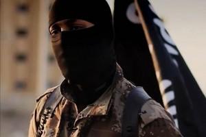 """Tin tức trong ngày - Trường cũ của trùm đao phủ IS bị """"vạ lây"""""""