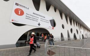 Tin tức công nghệ - Quang cảnh ấn tượng nơi diễn ra MWC 2015 trước giờ G
