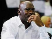 """Tin bên lề thể thao - """"Vua bóng rổ"""" Michael Jordan cán mốc tỷ đô"""