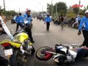 Video An ninh - Tay lái mô tô tử nạn khi bảo vệ đoàn đua ở Đồng Nai