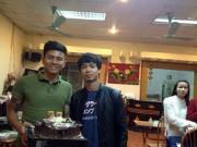 Tin bên lề bóng đá - Mạnh Hùng đón sinh nhật bên đàn em Công Phượng ở U23 VN
