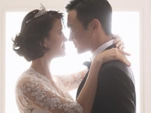 """Phim - Vợ chồng """"Quách Tĩnh"""" chụp ảnh cưới sau 14 năm kết hôn"""