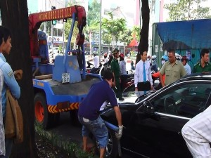 Tin tức trong ngày - Tài xế đột tử khi đang lái, ô tô lao vào xe khách