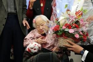 Phi thường - kỳ quặc - Cụ bà già nhất thế giới mừng sinh nhật thứ 117