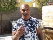 Thể thao - Mike Tyson mách nước Mayweather hạ Pacquiao