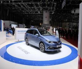 Tư vấn - Ngắm siêu phẩm Toyota Auris tại Geneva Motor Show