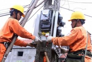Giảm mạnh nhập khẩu điện từ Trung Quốc