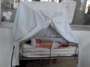 Tin tức Việt Nam - Bé gái sơ sinh bị bỏ rơi giữa đường