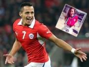 Tin bên lề bóng đá - SAO 360 độ: Nữ phóng viên xinh đẹp mê Sanchez