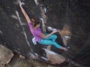 Thể thao - Đùa với tử thần: Leo núi không cần dây bảo hiểm