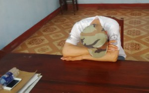 An ninh Xã hội - Cho rằng bị nhìn đểu, Việt kiều xỉn đâm chết người