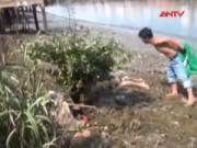 Video An ninh - Hoảng hồn phát hiện xác người đàn ông trên sông Kênh Đối