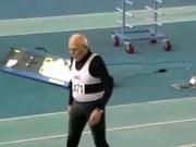 Thể thao - Cụ ông 95 tuổi chạy 200m lập kỷ lục thế giới