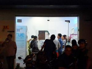 An ninh Xã hội - Nghi vấn nữ nhân viên cửa hàng sữa bị cướp cắt cổ