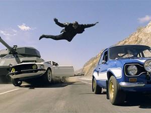 Phim - Fast & Furious 7: Nghẹt thở với trích đoạn phim đầu tiên
