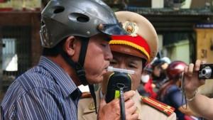 """""""Không để cảnh sát giao thông được quyền tịch thu xe"""""""