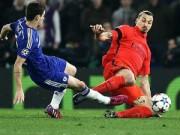 """Bóng đá - Nhận thẻ đỏ, Ibra gọi Chelsea là """"đồ trẻ con"""""""