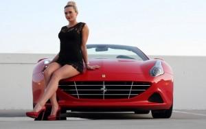 Ô tô - Xe máy - Ngắm người đẹp bốc lửa bên Ferrari đỏ rực