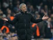 """Bóng đá - Xúi học trò """"quây"""" trọng tài, Mourinho không sai"""