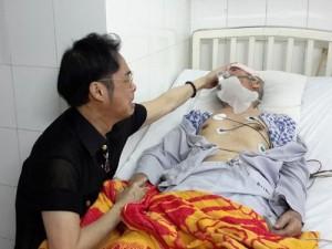 Ca nhạc - MTV - Ngọc Sơn hủy show để chăm sóc cha bệnh nặng