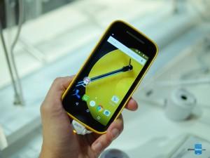 Dế sắp ra lò - Trên tay Motorola Moto E 2015 giá 2,5 triệu đồng
