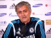 """Bóng đá Ngoại hạng Anh - Chelsea hòa, Mourinho """"lo"""" bị Arsenal đuổi kịp"""