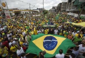 Thế giới - Brazil: Gần 1 triệu người biểu tình đòi luận tội Tổng thống